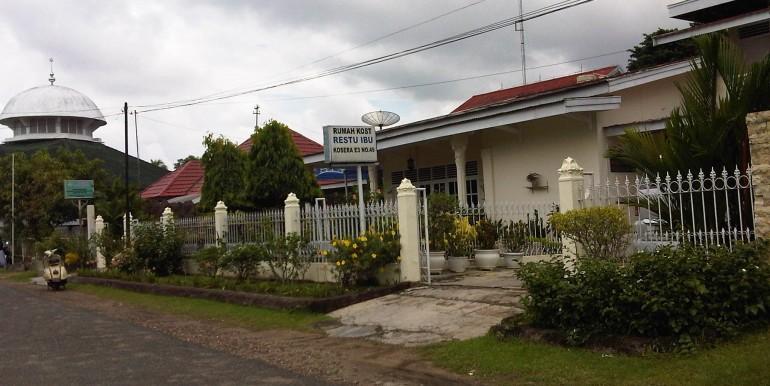101. Rumah , Jl.ihwan . Rais Komplek Setia Negara Telanai (2)