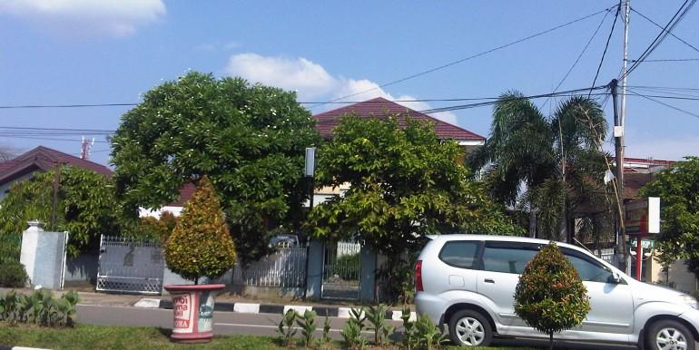 187. Rumah Jl. Slamet Riyadi, Solok Sipin Broni, Telanai Pura-Irwan Awang (6)